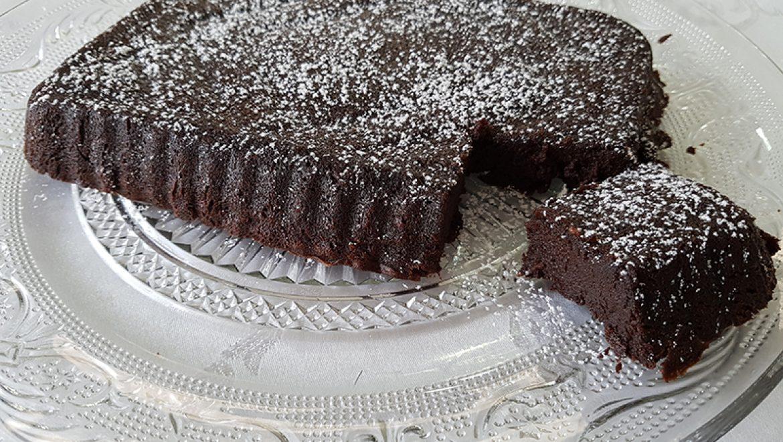עוגת בראוניז טעימה ומהנה בהכנה קלילה