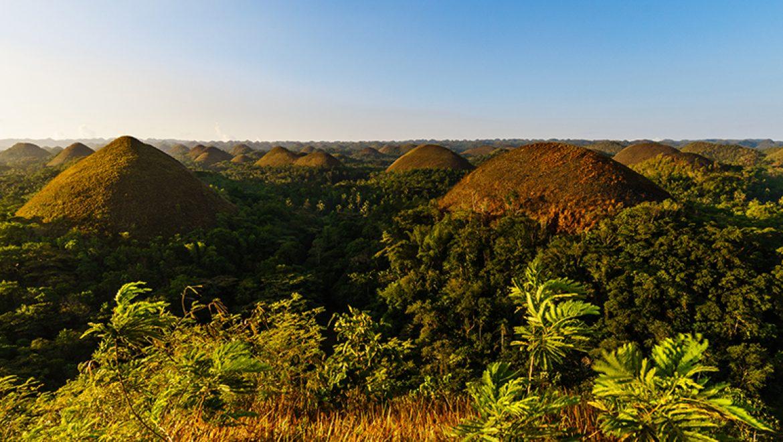 גבעות השוקולד בפיליפינים